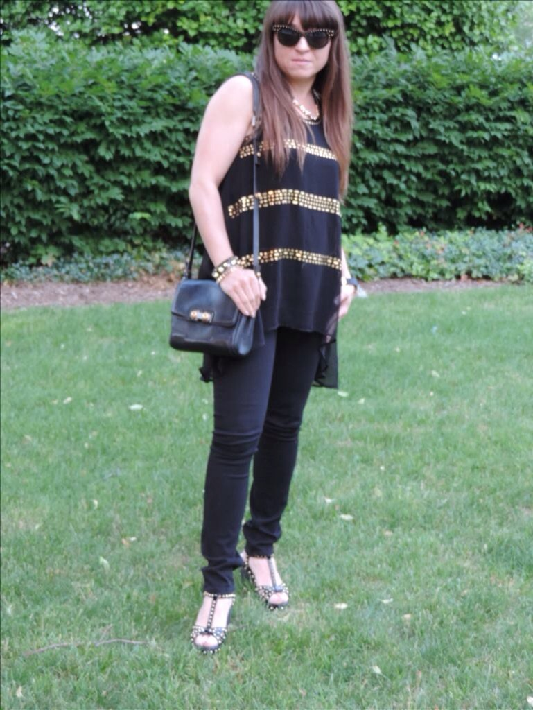 Studded Tank with Exposed Zipper - Forever 21