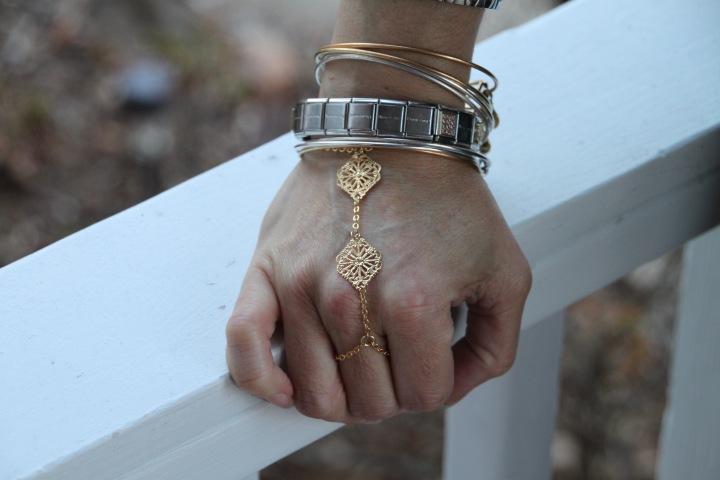 Midori Line Hand Chain 2
