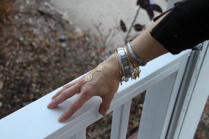 Midori Line Hand Chain